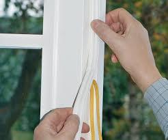 Guarnizione finestra con adesivo