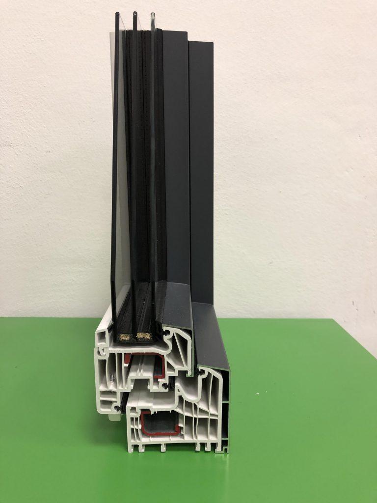 Rifinitura esterna in alluminio per pvc
