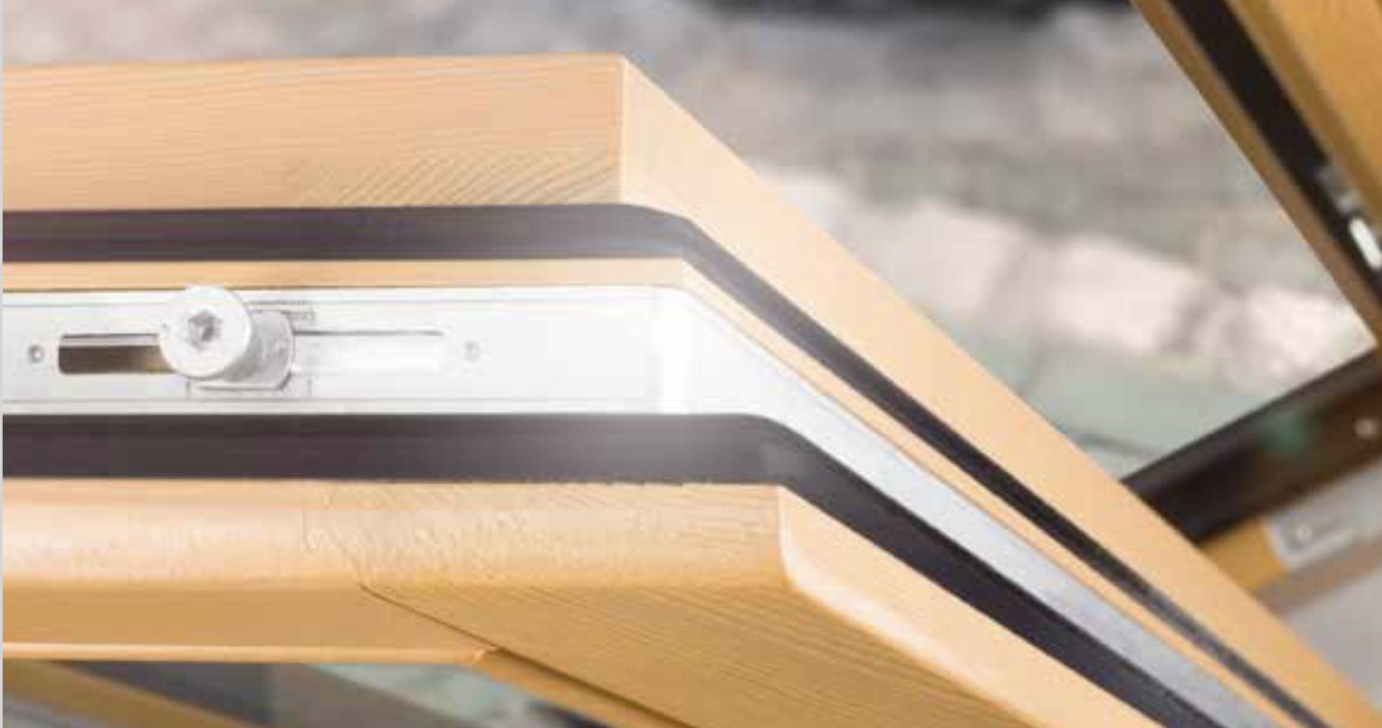 Come Scartavetrare Il Legno come fare una corretta manutenzione delle finestre in legno